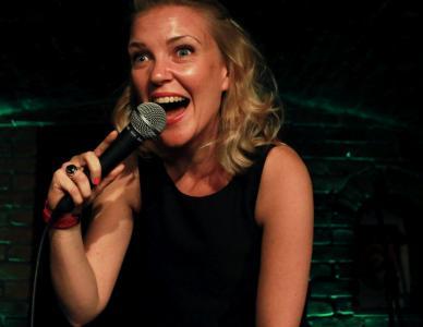 Ruth E Cockburn at Barrel of Laughs